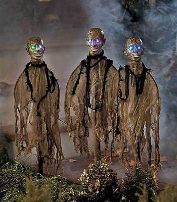 Set of 3 LIGHTED ZOMBIE STAKES Creepy Scary Halloween Yard Display Outdoor Decor