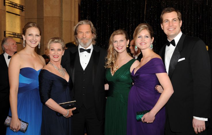 Jeff Bridges family--wife, 3 daughters and son in law ...