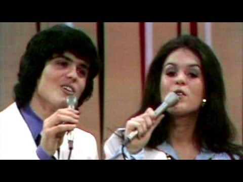 Donny & Marie Osmond - I'm Leaving It All Up To You (Live)