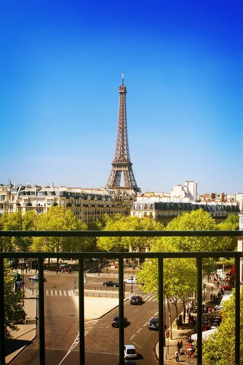 1000 Ideas About Hotels Near Eiffel Tower On Pinterest