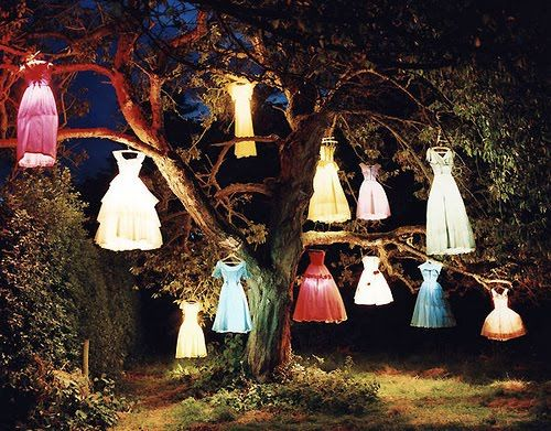 fairy lights @Pamela Hichens Seabolt. SPOOKY!! Can you paint doll dresses to make these?