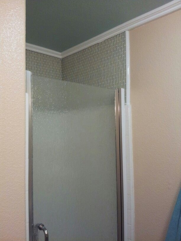 how to clean cloudy glass shower doors
