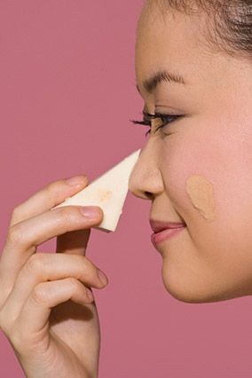 10 Makeup Mistakes That Add 10 Years