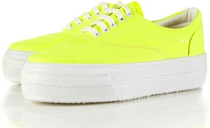 Platform Sneakers / Zapatillas con Plataforma   Nasty Gal  Taconless Shoes