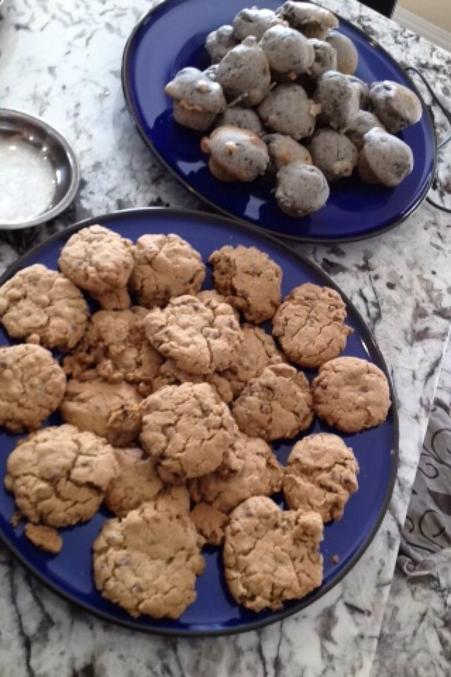 Gluten free chocolate chip cookies and gluten free blueberry muffins!!