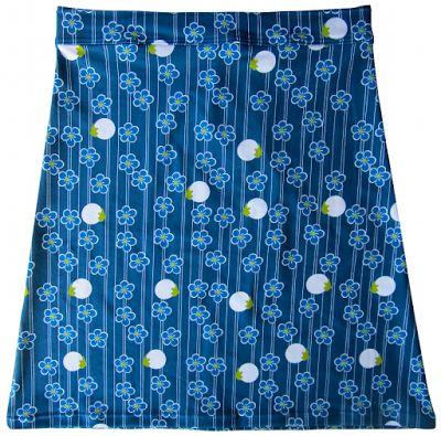 Materialen: * Tricot - Cherry Blossom Blue Werkbeschrijving: Download het gratis naaipatroon in...