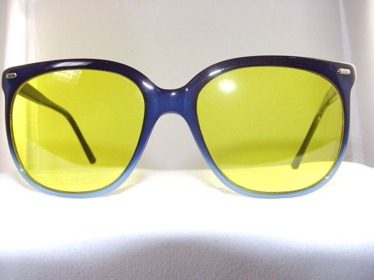 Vintage Maui Jim Navy Sunglass Frame With Yellow Night Driving Lenses