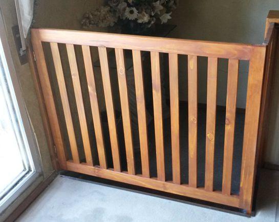 Las 25 mejores ideas sobre puertas de escaleras para beb - Barandilla escalera ninos ...