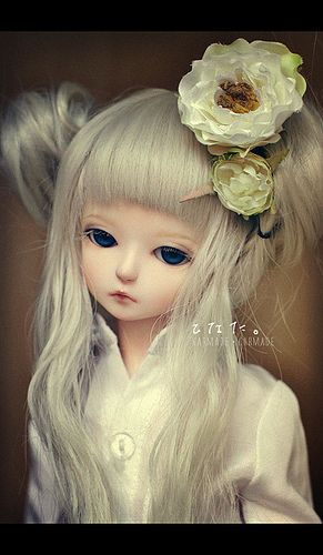 ...I think this doll is so beautiful. I would love to have her for my very own.