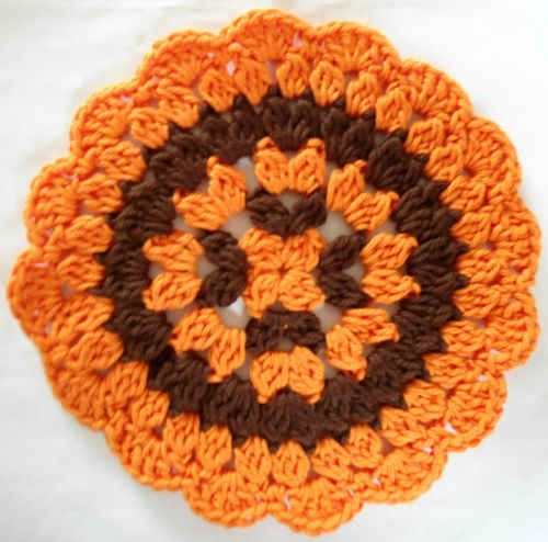 Best Free Crochet » 268 Autumn Mum Dishcloth – Maggie Weldon Maggies Crochet