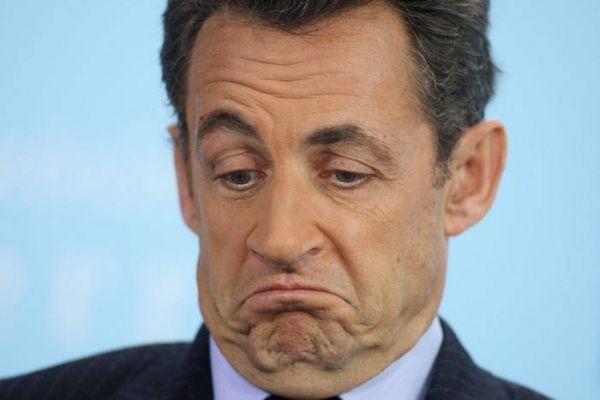 Sarkozy veut abroger les homosexuels - http://boulevard69.com/sarkozy-veut-abroger-les-homosexuels/