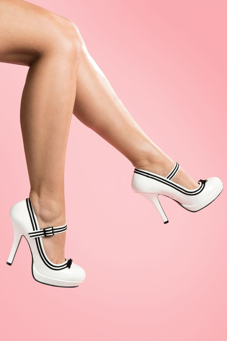 Pinup Couture - Secretary Mary Jane Velvet Bow White platform pumps