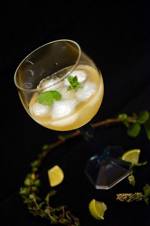 Erfrischender Pfefferminzsirup, ein raffiniertes Rezept aus der Kategorie Alkoholfrei. Bewertungen: 123. Durchschnitt: Ø 4,3.