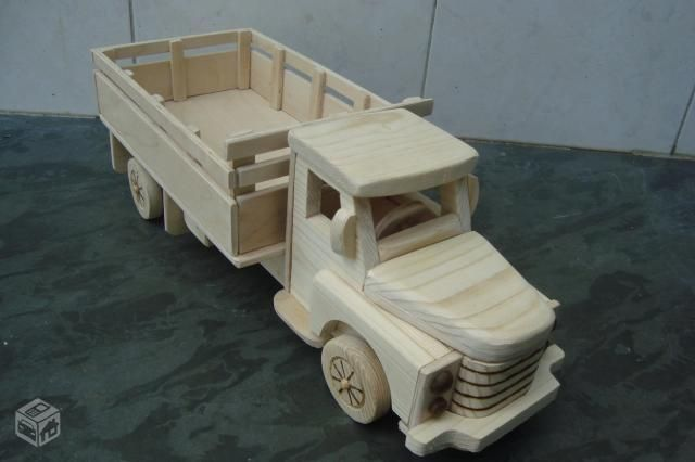 Caminhão de Madeira - Chevrolet 51 - casamento
