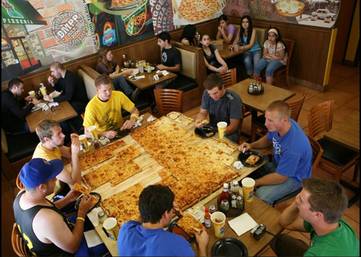 World's Largest Pizza – Yes You Can Get it Delivered