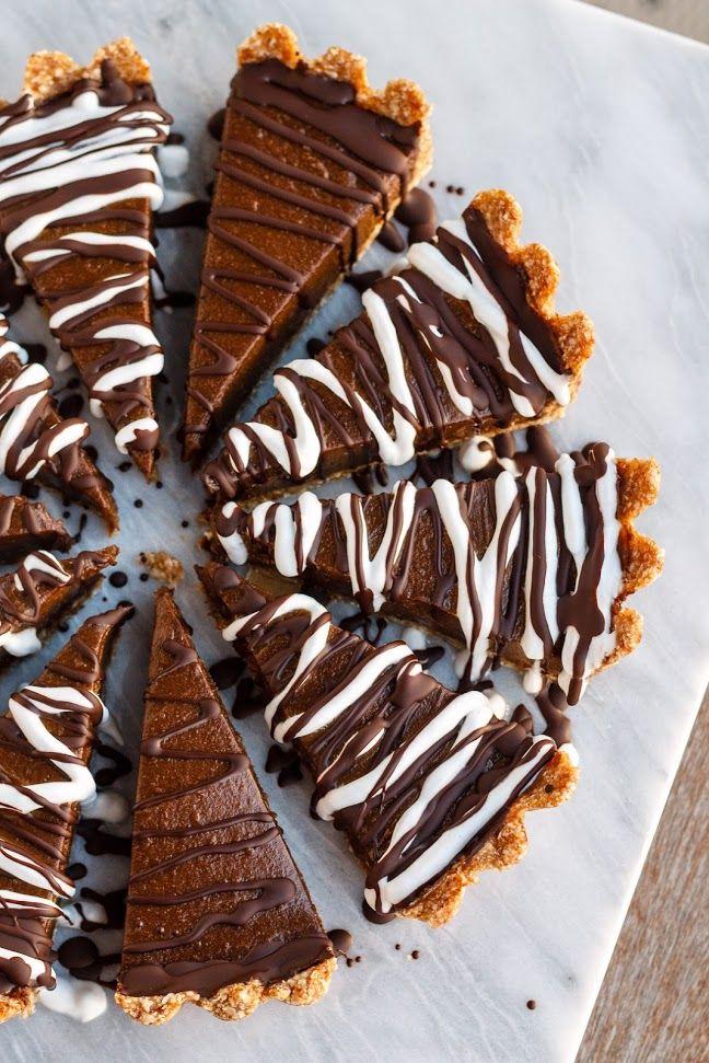 chocolate avocado tart (vegan, no bake, gluten free)