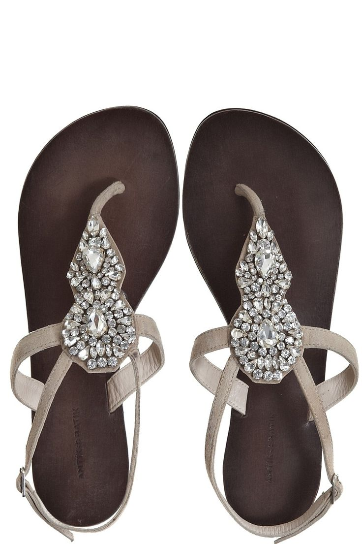 Rhinestone Sandals for for my dear brides maids! Rest those feet and dance!!!!!!