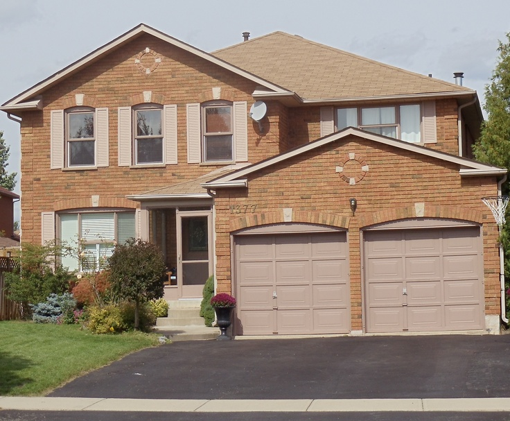 Welcome home to the Buyers of this lovely home in Glen Abbey, Oakville, Ontario