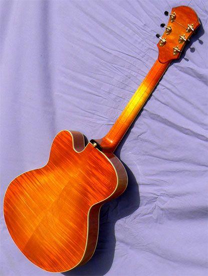 384 fantastiche immagini su archtop guitars su pinterest for Chitarre magazine