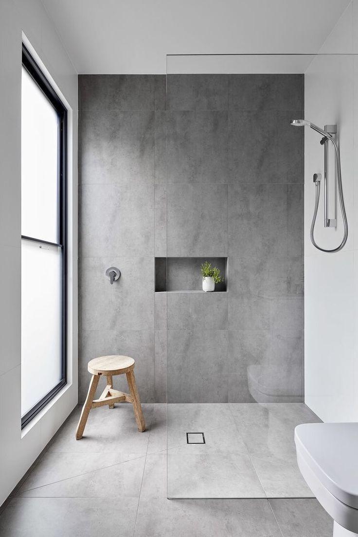 Modernes Badezimmer In Beton Optik Schlicht Elegant Klar Modernes Badezimmerdesign Badezimmer Einrichtung Minimalistisches Badezimmer