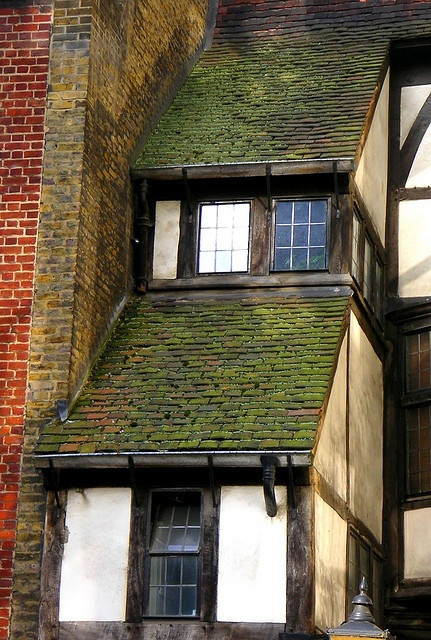 "Tudor Roof!    There is so much ""Mock Tudor"" around these days but this is the real deal- One of the few buildings to have survived the great fire of London in 1666, and there aren't many of them!    Taken on the side of ""Cloth Fair"" near Smithfield Market"