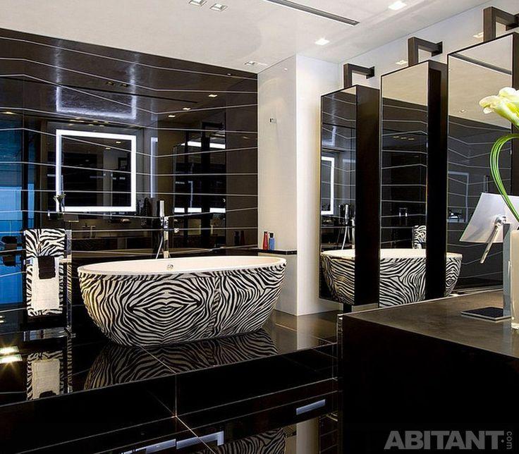 Дизайн ванной комнаты с элементами гламура