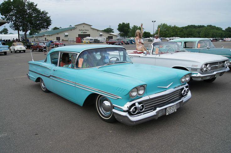 1958 - Chevrolet Biscayne - 3 - side front