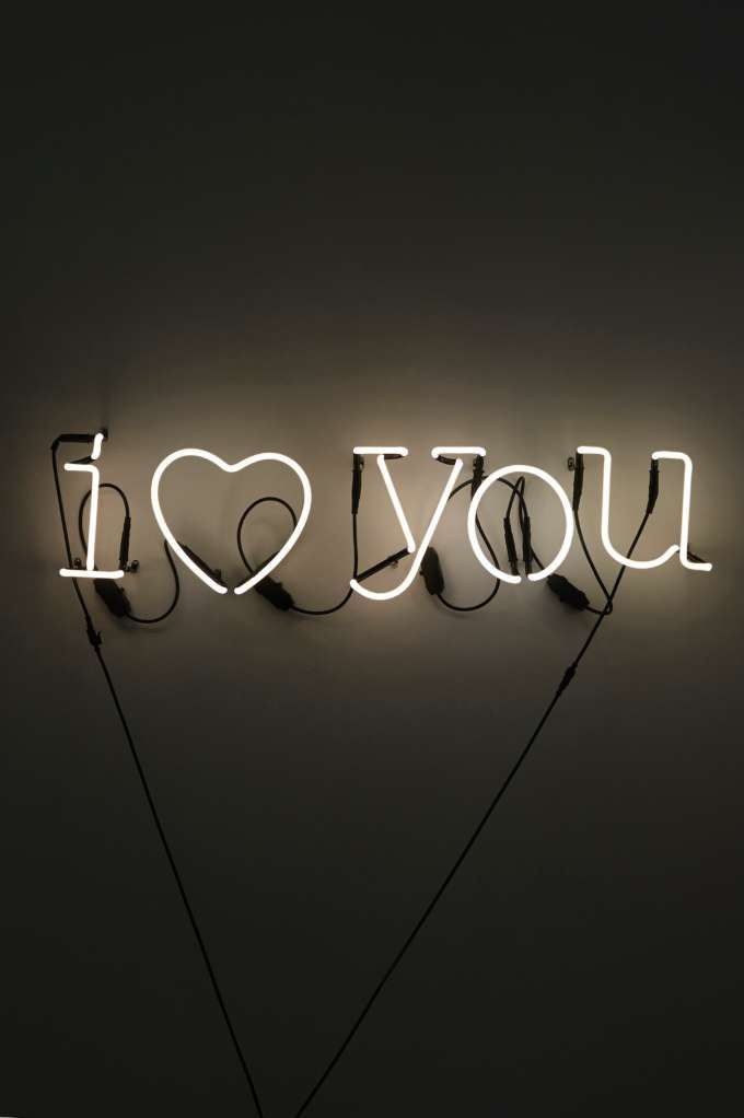 Neon I Heart You Sign