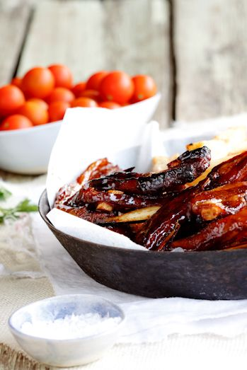'asian' ribs: 50 minutes, 1kg (2.2 pounds) lamb riblets  1/2 cup brown sugar (I used demerara sugar)  1/2 cup light soy sauce  1/2 cup dark soy sauce  2 tbsp fish sauce  2 tbsp oyster sauce  1/2 cup tomato sauce (ketchup)  1 star anise  2 slices fresh ginger  2 garlic cloves  1 red chilli, roughly chopped