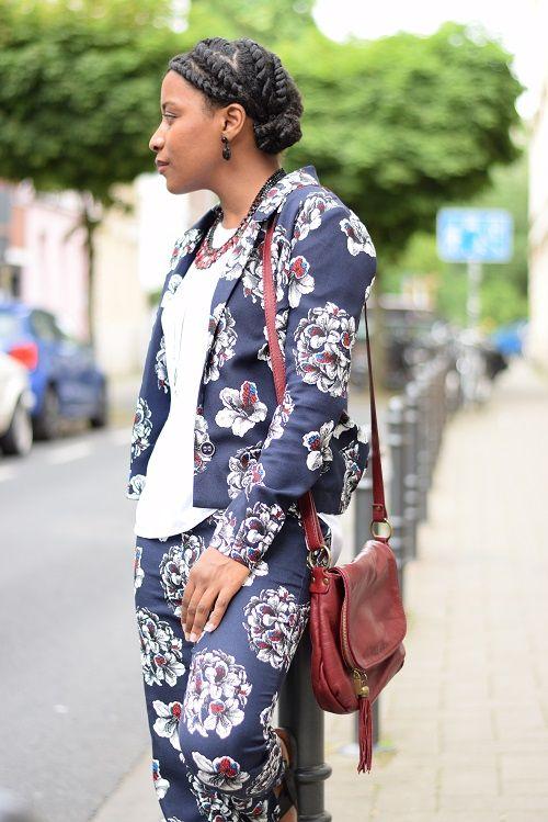 tailleur-pantalon-imprimé-floral-hair-2