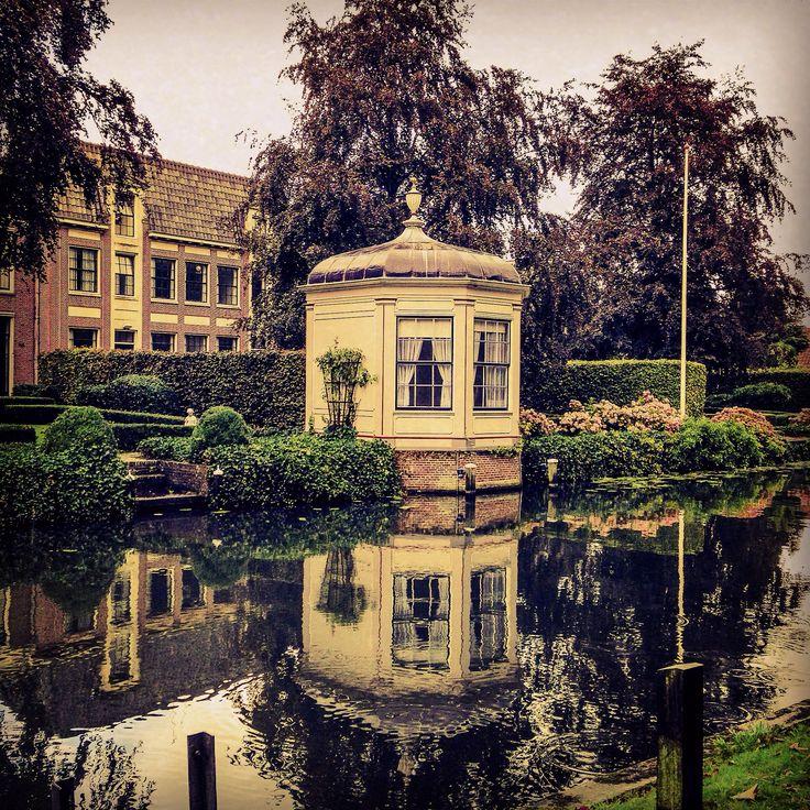 Canal en Edam, Nederland