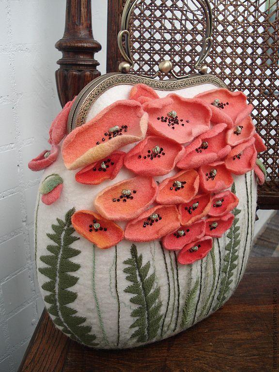 Love these poppies! 07d9734379-sumki-aksessuary-sumka-maki-n8818.jpg 576×768 pixels