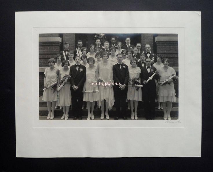 Le chouchou de ma boutique https://www.etsy.com/ca-fr/listing/539113384/grande-photographie-souvenir-monochrome
