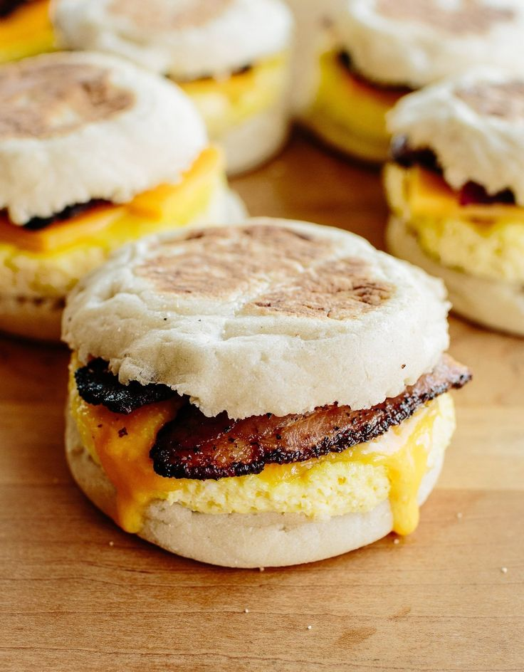 I don't think it's too extreme to say that this whole concept of freezable breakfast sandwiches has changed my world. Or at least my mornings. Definitely my mornings. Suffice it to say, they are amazing. If you love eggs in the morning, often buy breakfast on the way to work, wouldn't mind saving a few bucks, or all of the above, then boy oh boy, freezer-friendly breakfast sandwiches are about to make you very happy. Here's what to do.