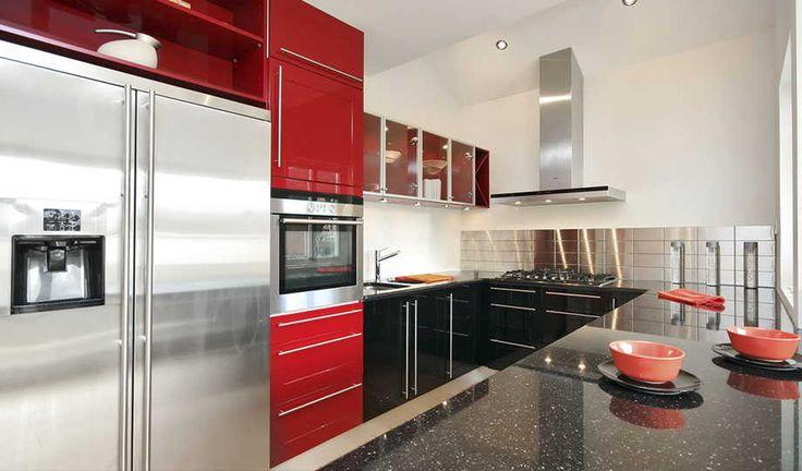 Кухни на заказ в Сергиев Посад. Большой выбор кухонных гарнитуров и кухонной мебели в Сергиев Посад. Доступные цены, хорошее качество и быстрые сроки.