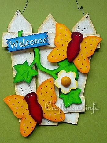 "Summer Wood Crafts - Welcome Sign - ""Fence with Butterflies"""