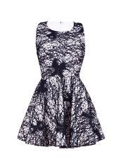 Sukienka welurowa biała  obszyta czarną koronką w kokardy