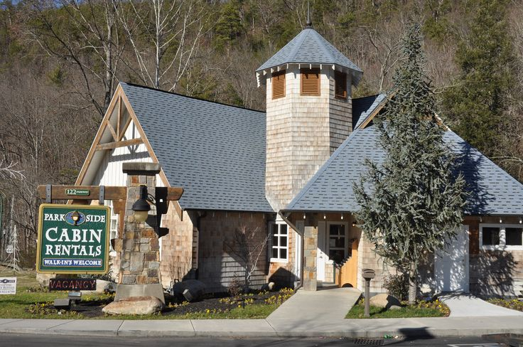 Our Office In Gatlinburg Tennessee Smoky Mountain Cabin Rentals Gatlinburg Cabin Rentals Smoky Mountains Cabins