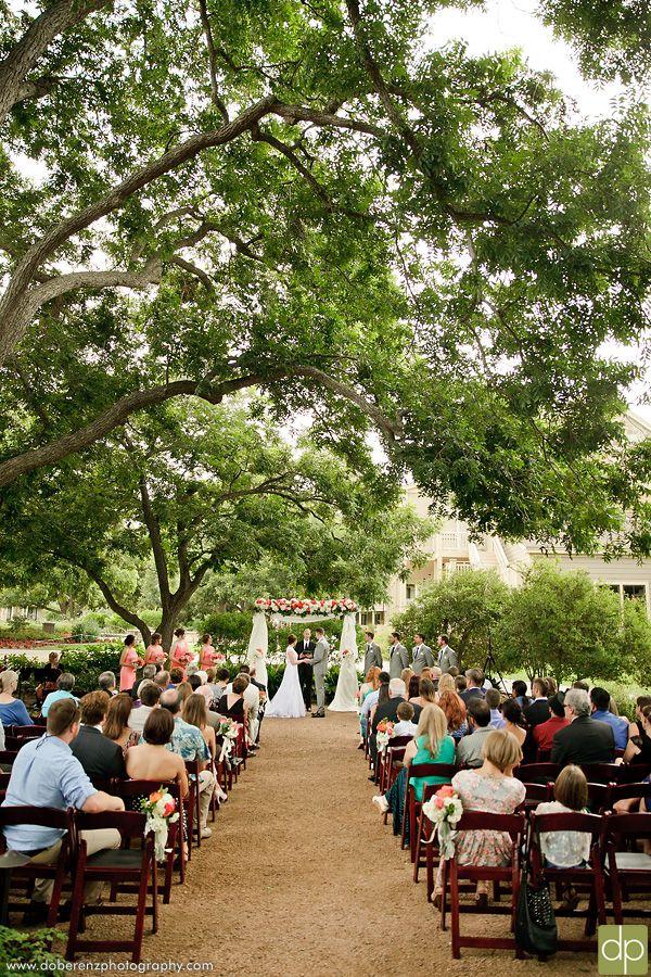 Beautiful Outdoor Ceremony | Texas Wedding Venue | Hyatt Regency Lost Pines Resort