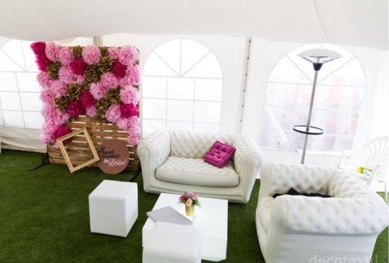 Decotextil es una empresa de alquiler de mobiliario para bodas y todo tipo de eventos. Siguen siempre las últimas tendencias y ofrecen un mobiliario totalmente moderno y vanguardista, a la par que de calidad. Destaca su mobiliario chill out y los