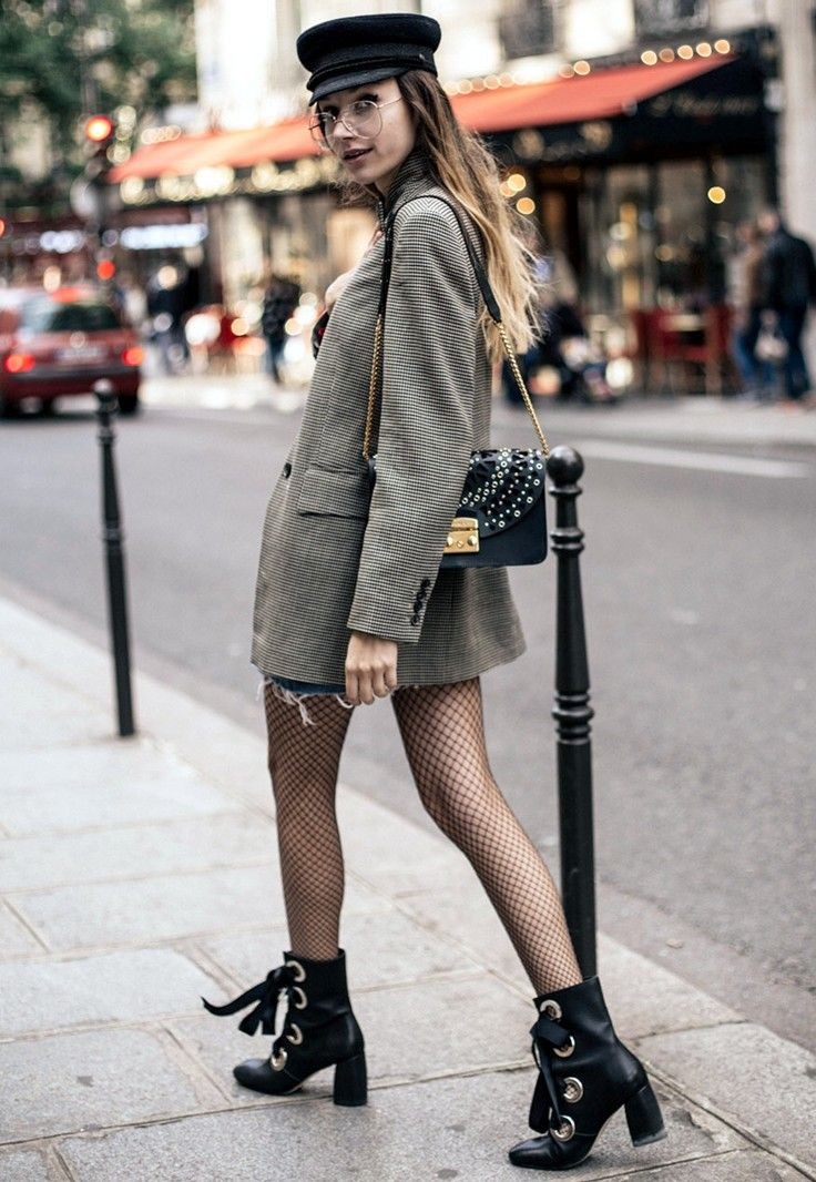 PFW Day 5: My 60's Parisian Style And Fishnet Tights - Click for The Fashion Cuisine in Music Ambiance http://gv.lauderlis.net/the_fashion_cuisine_2.php
