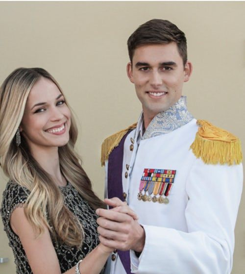 my christmas prince - Alexis Knapp plays a teacher who falls in love with a handsome man who she believes is a diplomat, only to find out that her prince charming is actually a real prince.
