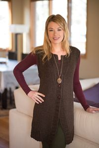 Tunic sweaters knit in worsted weight yarn are flattering and quick to make! Check out these 3 beautiful knitting patterns!