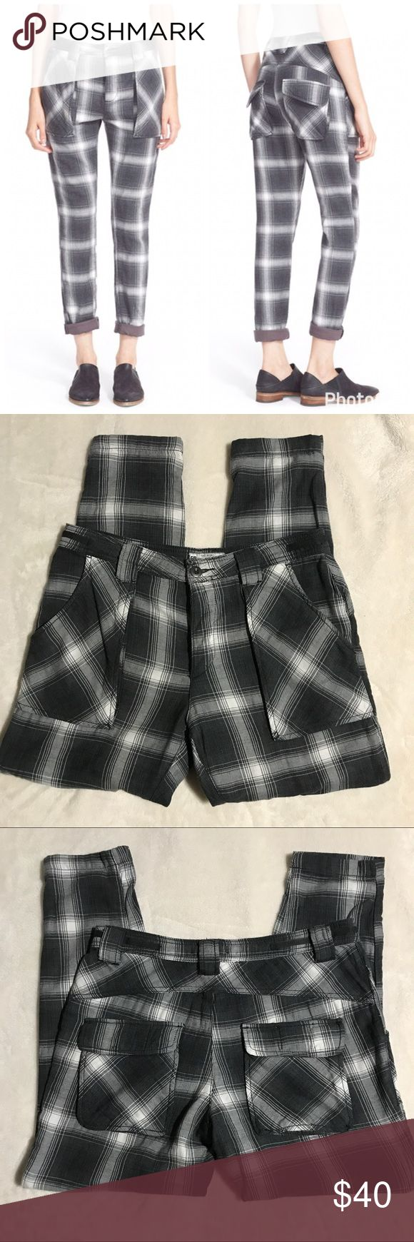 "Free People relaxed Plaid utility pants sz 6 Like new condition free People sz 6 relaxed Plaid utility pants. Super soft flannel material! 100% cotton button fly. Waist flat- 16"", inseam- 28"", rise- 10.5"" Free People Pants Skinny"
