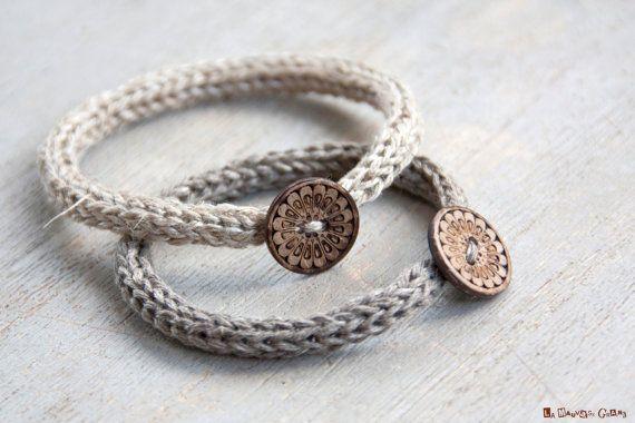Bracelet simple de tricotin en lin naturel par LaMauvaiseGraine