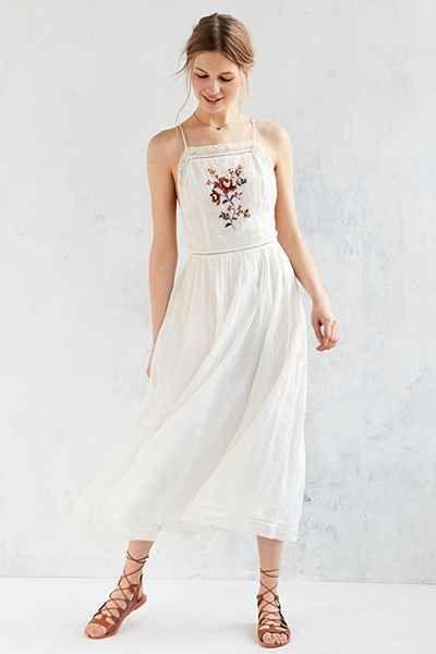 Kimchi Blue Needlepoint Apron Midi Dress - Urban Outfitters