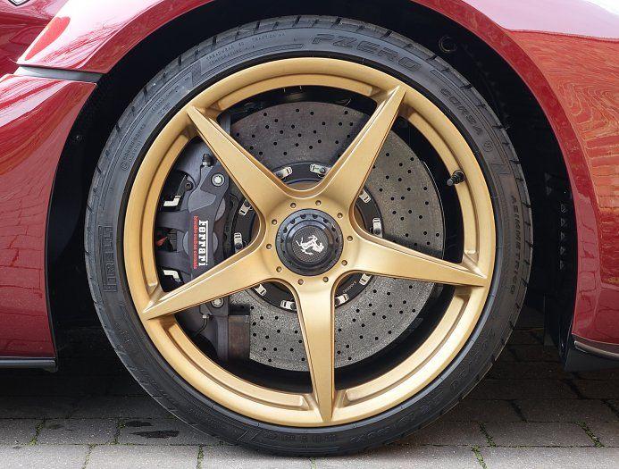 2016 (16) Ferrari LaFerrari for sale | Rosso Rubino ...repinned für Gewinner!  - jetzt gratis Erfolgsratgeber sichern www.ratsucher.de