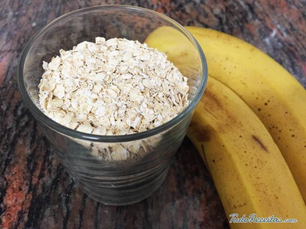 Aprenda a preparar batido de banana e aveia com esta excelente e fácil receita. A aveia é um dos cereais mais completos e nutritivos que existe, pois tem propriedade...