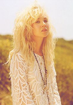 Juno Temple- giving my hair hope