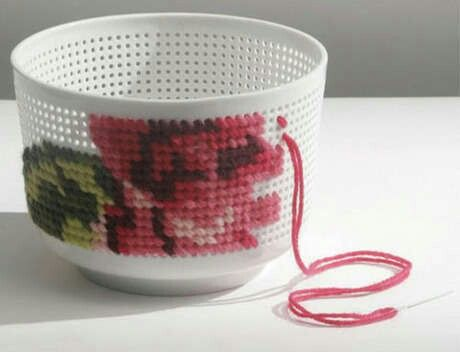 cross stitch inspiration : turn a colander into a basket bowl